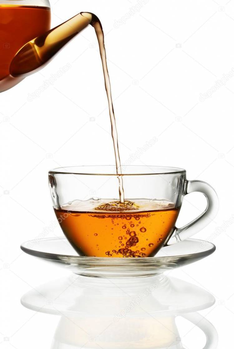 Why do we pour hot tea from higher to lower distance to cool?